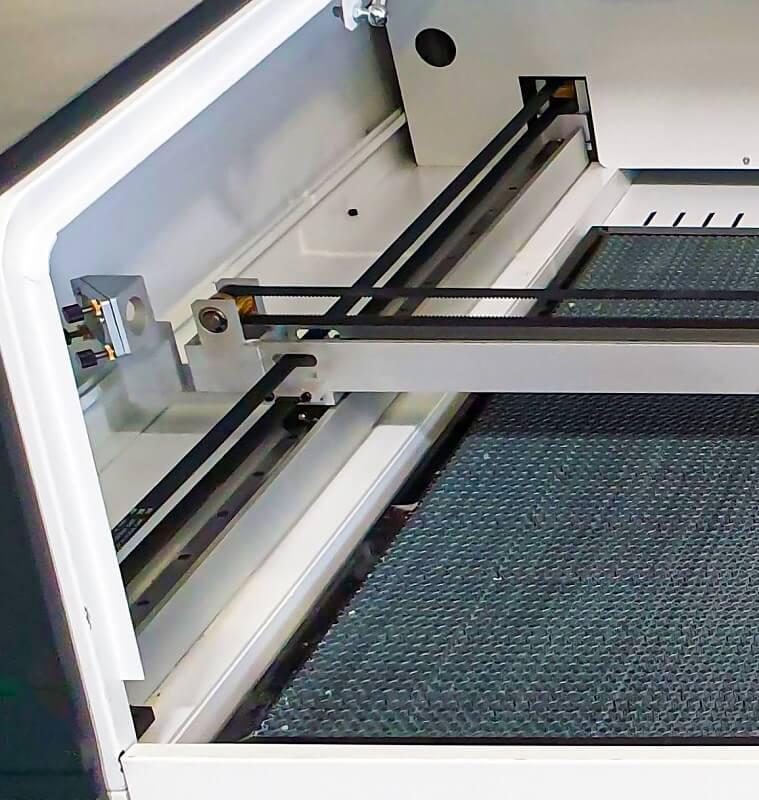 Laser CNC Seria LP 4