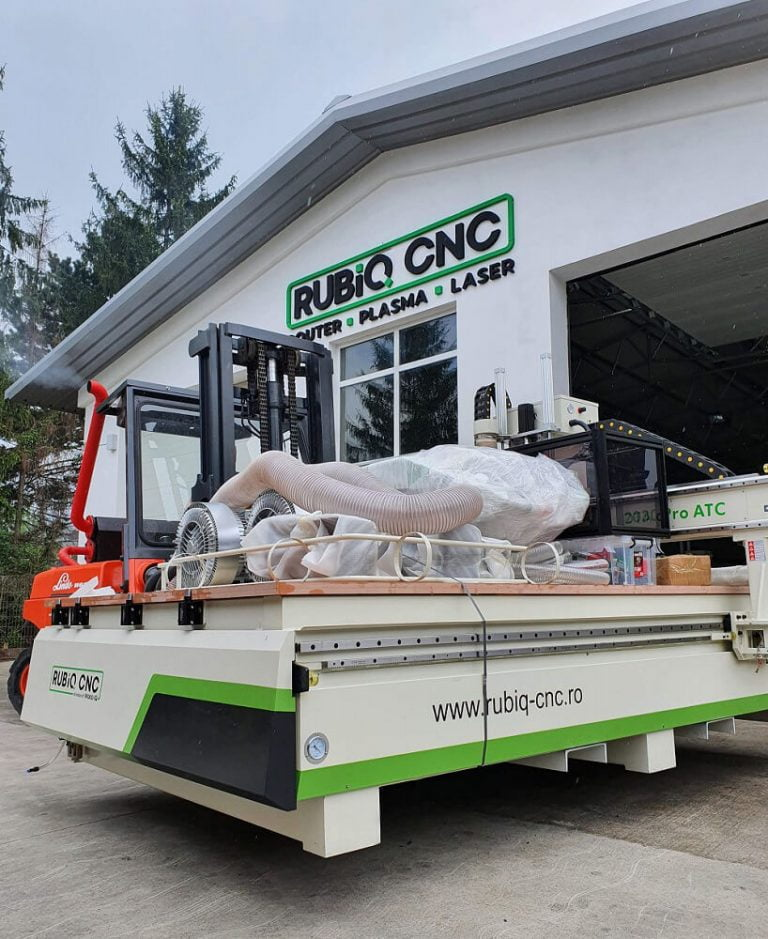 Divizia CNC a Wood IQ devine RUBIQ CNC 1